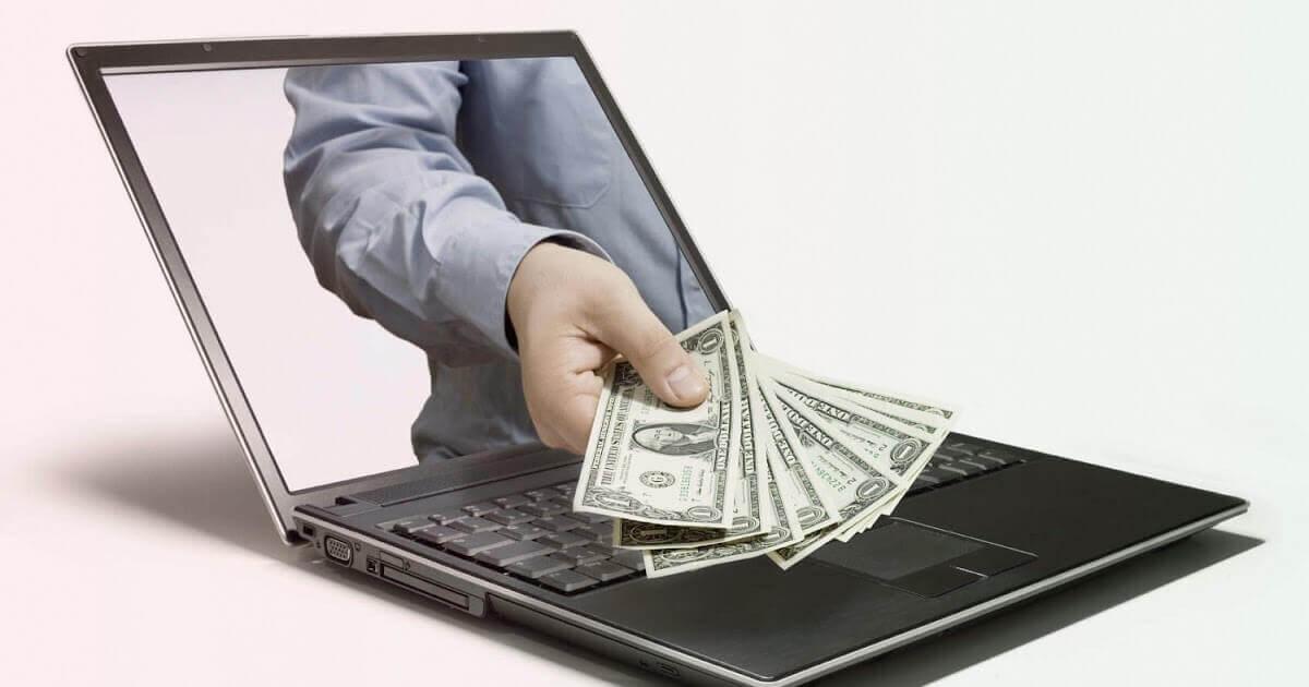 Деньги из экрана ноутбука: работа в интернете