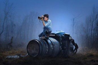Фотограф на фотоаппарате