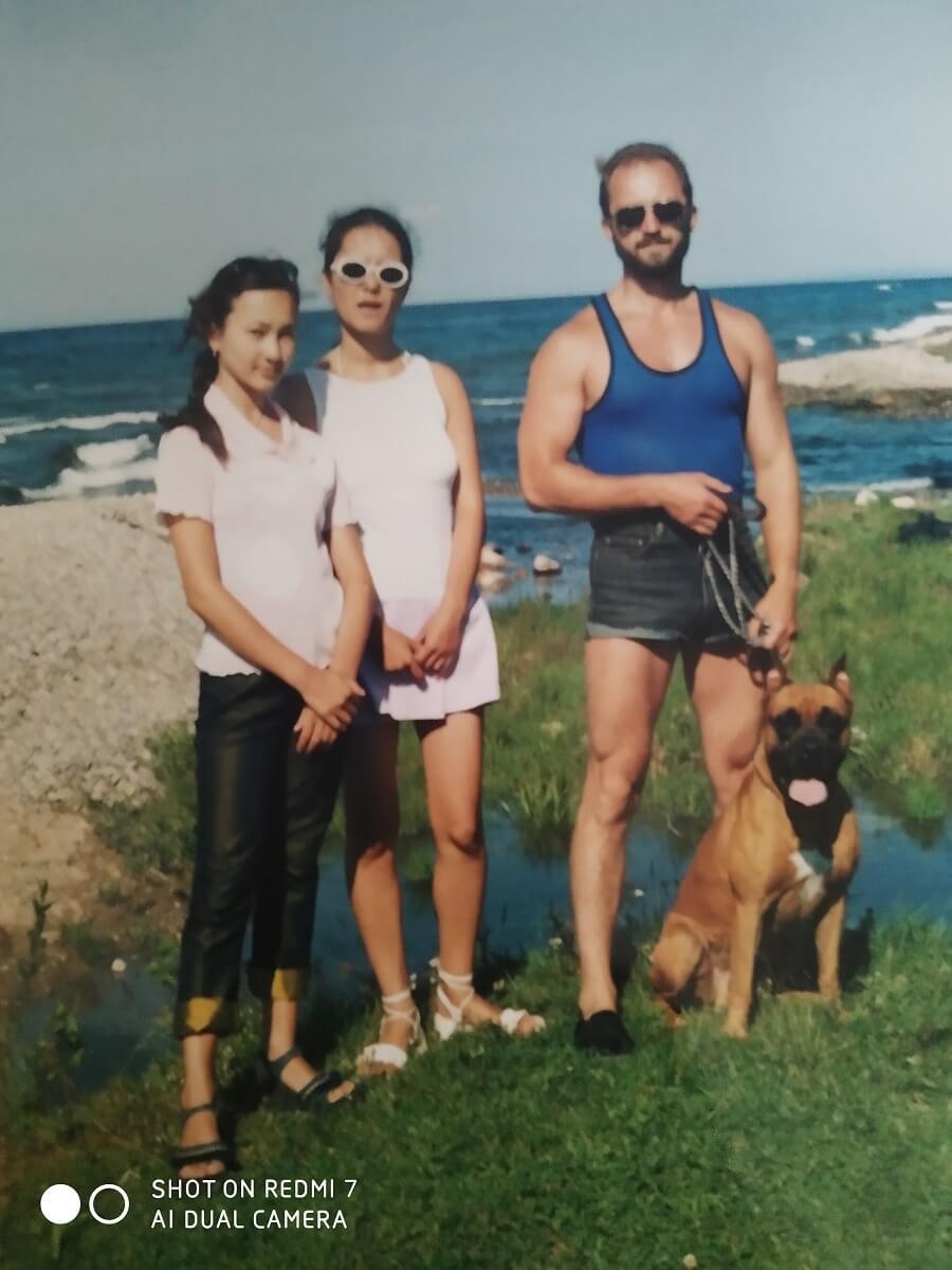 С дочками на реке Быстрая, которая впадает в Байкал